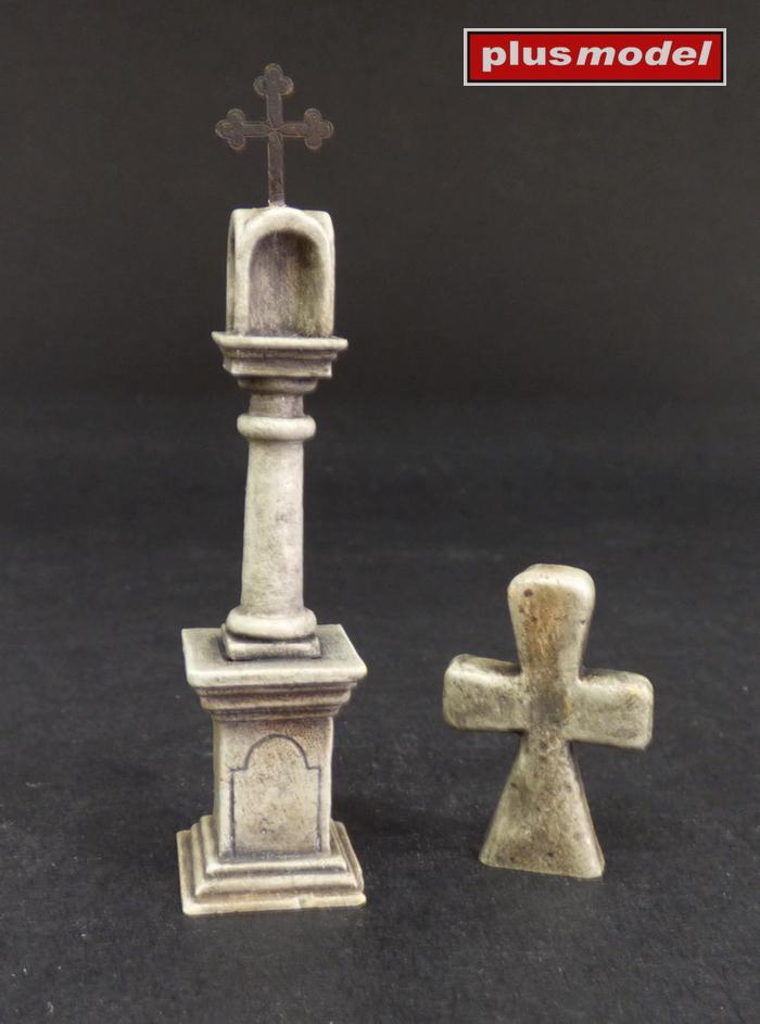Kamenný sloup a smírčí kříž