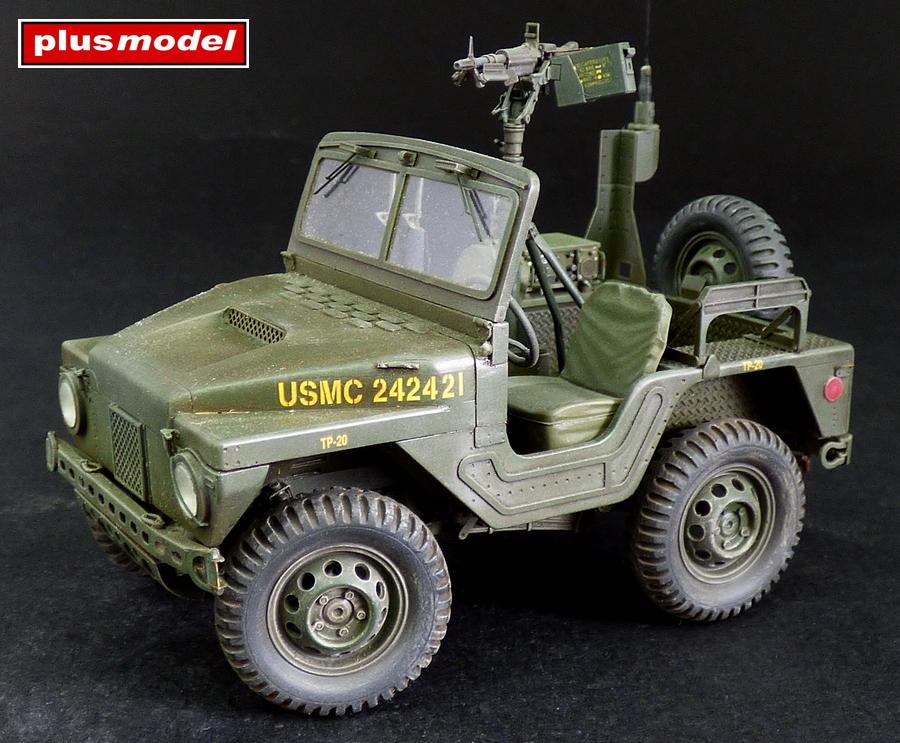 M422 Command car