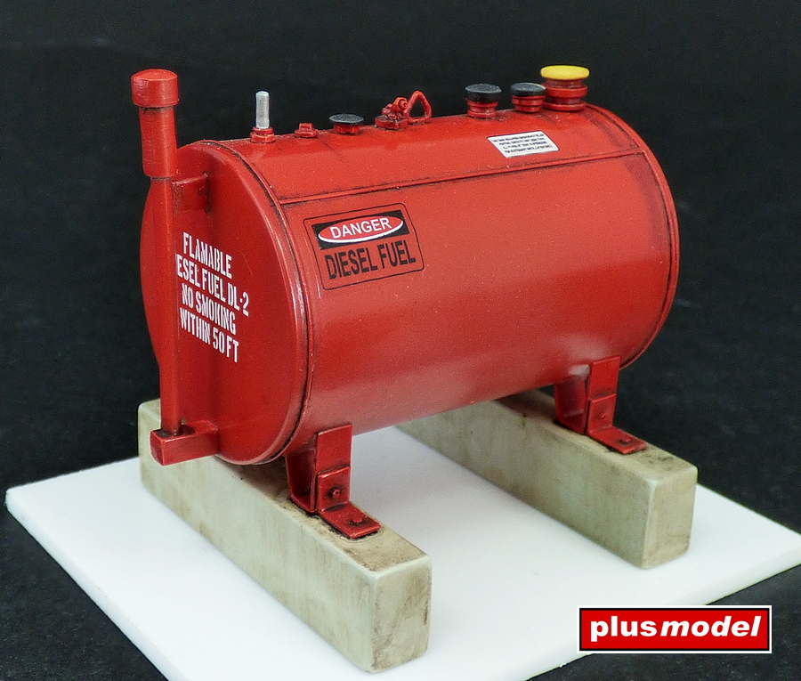 U.S.300 gallonová palivová nádrž
