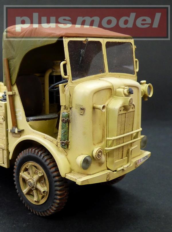SPA L39 Coloniale-4