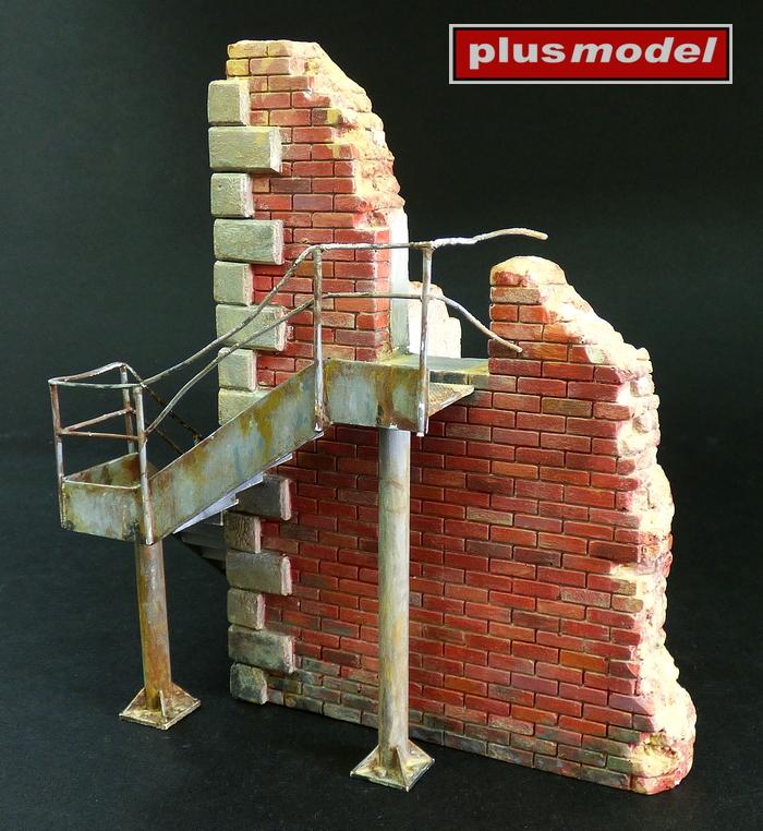 Tovární roh se schody-2