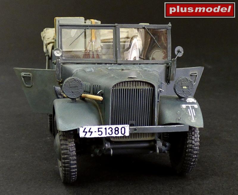 Kfz.2 Stöewer Radio Car-1
