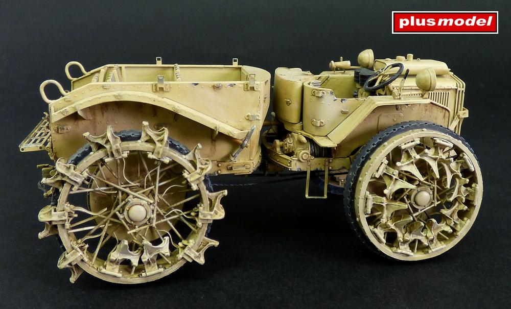 Dělostřelecký tahač Pavesi P4-100 model 30A-1