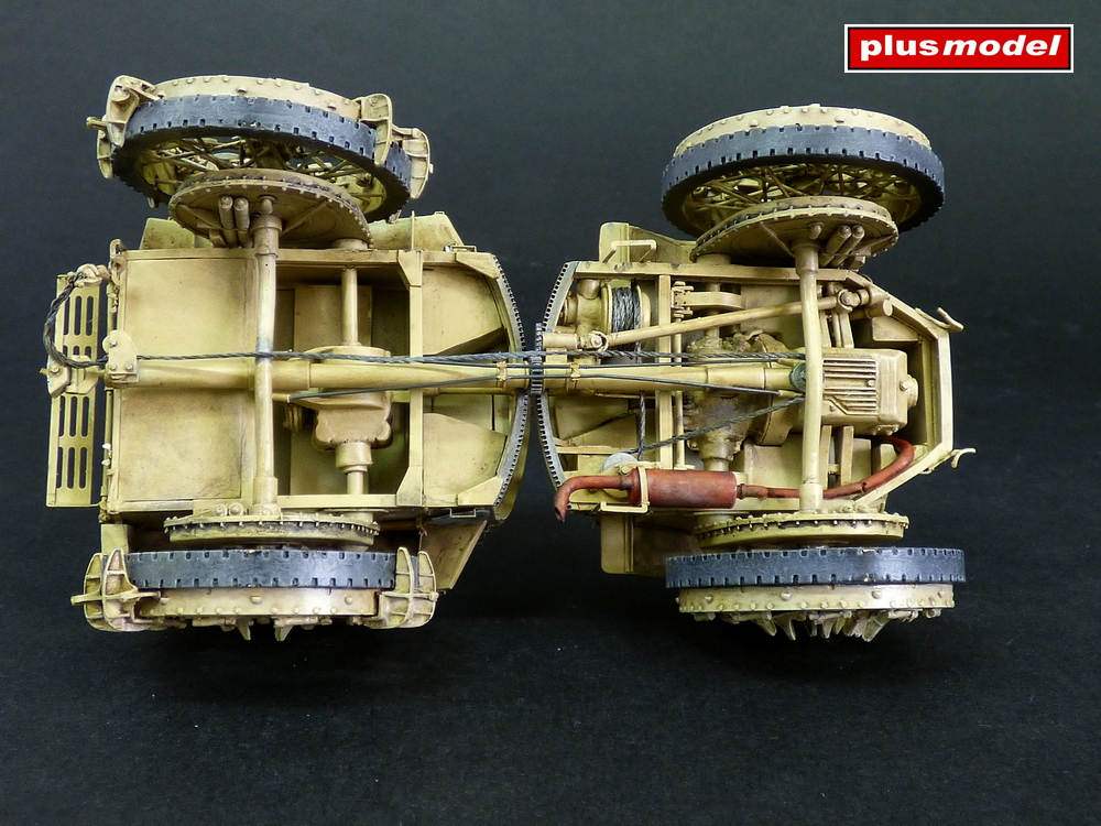 Dělostřelecký tahač Pavesi P4-100 model 30A-3