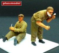 Vojáci Velké Británie, 2.s.v.- holící se & odpočívající