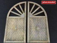 Wooden gate - round